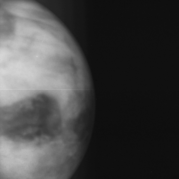 Nightside image of Venus photographed by IR1 at 1.01 µm